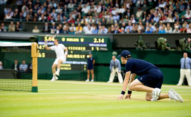 wimbledon-ball-boy-centre-court