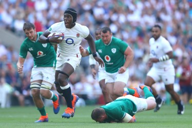 England v Ireland Six Nations 2021 Packages Tickets LONDON, ENGLAND - AUGUST 24: Maro Itoje of England scores a try during the Quilter International match between England and Ireland at Twickenham Stadium on August 24, 2019 in London, England. (Photo by Warren Little/Getty Images)